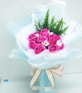 Hoa hồng sáp vẻ đẹp kiêu kì