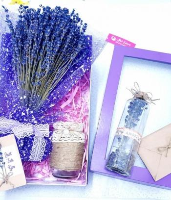 Hộp Lavender  kèm bình hoa lưu giữ kỷ niệm