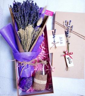 Hộp Lavender kèm lọ và túi thơm 390
