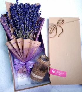 Hộp Lavender Vitage 400