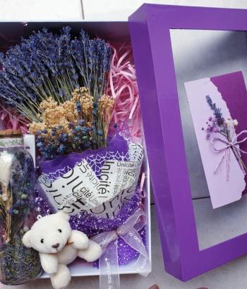 Hộp quà tím từ Lavender thơm ngát