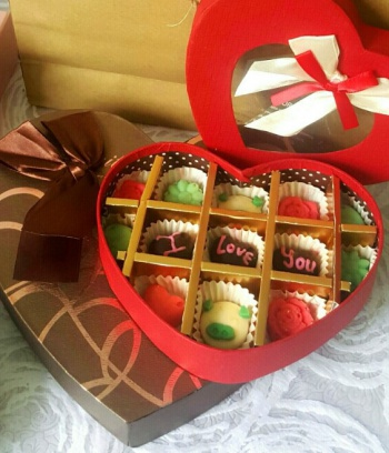Hộp Socola Valentine hình trái Tim