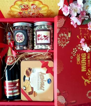 HQ011 - Giỏ quà tết chúc mừng năm mới